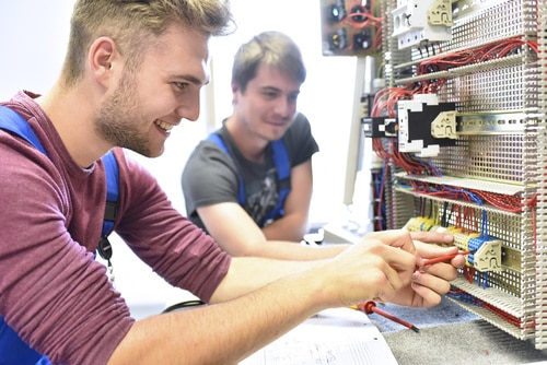 Wollsdorf trains electricians and other apprenticeships