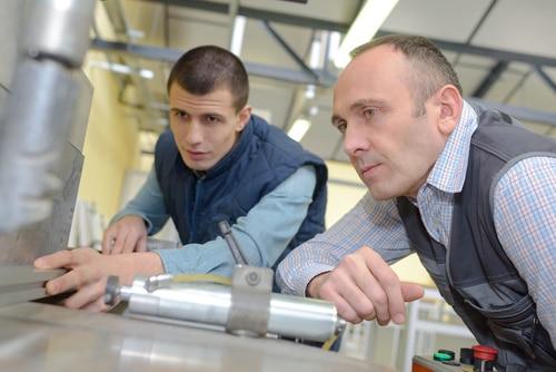 Wollsdorf trains apprentices in different jobs